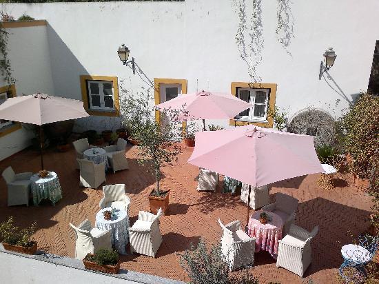 Albergaria do Calvario: Beautiful sun terrace!