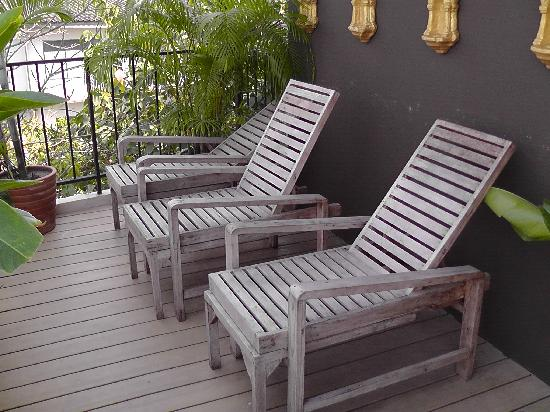 The Small Chiang Mai: Deck Chairs By Pool