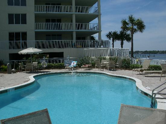 Destin West Beach and Bay Resort: 1 of 2 smaller pools (Restricted)