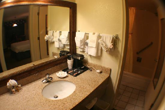 BEST WESTERN Quail Hollow Inn: very clean