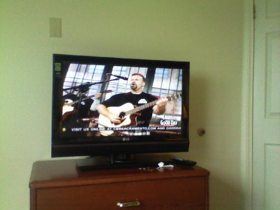 Residence Inn Roseville: TV