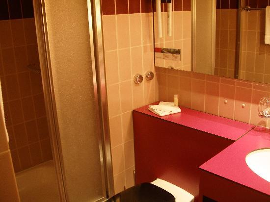 Best Western Hotelbern: Hotel Bern guest bath