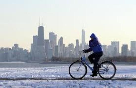 en bici por el frio de Chicago