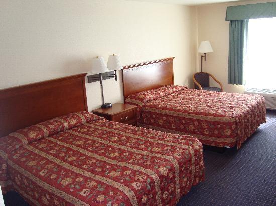 Budget Inn San Leandro: 2 Queen Beds