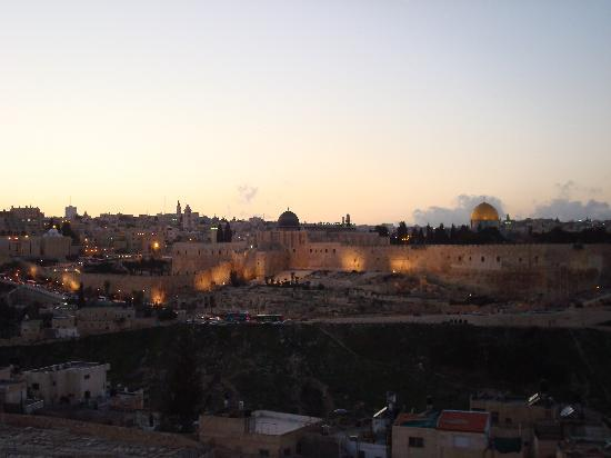 Jerusalem Panorama Hotel: Our view