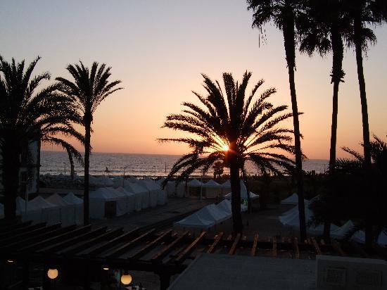 IFA Faro Hotel: Sunset from Balcony