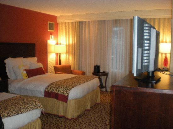 Philadelphia Marriott West: Room w/ 2 queen beds