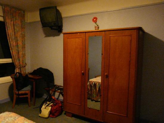 Eole Hotel : La télé