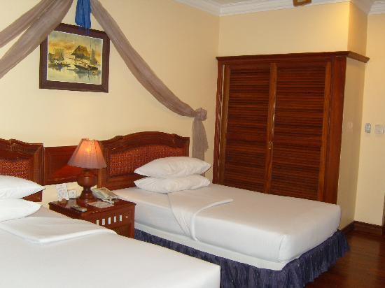 Apsara Angkor Resort & Conference: Vue de la chambre