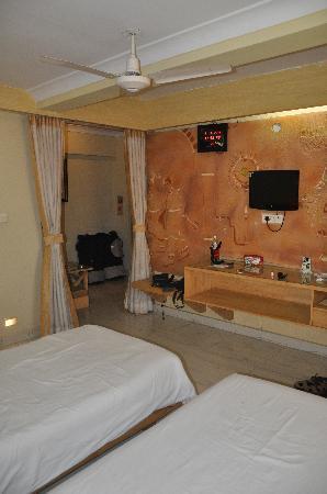 Parklane Hotel: Luxury room