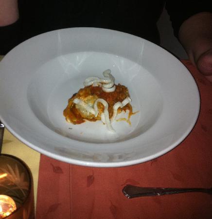 Hotel Europa : Mmm lasange and prawn crackers