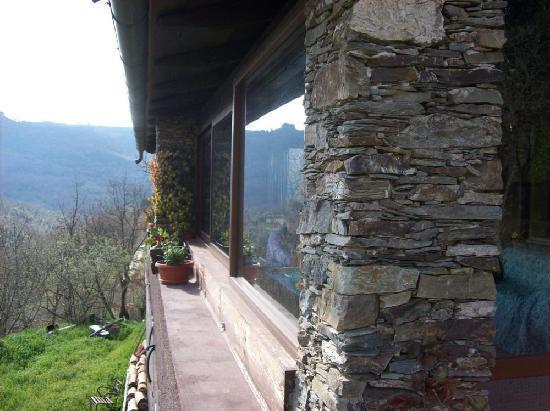 Chalet Su Foxile: Esterno della veranda