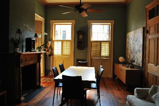 Monrose Row: Beautiful breakfast room
