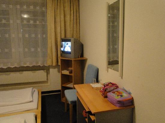 City Apart Hotel: Bedroom