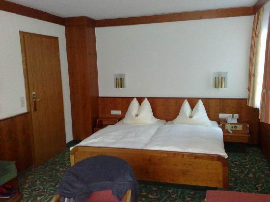 Hotel Adler: CAMERA DOPPIA PARTE VECCHIA