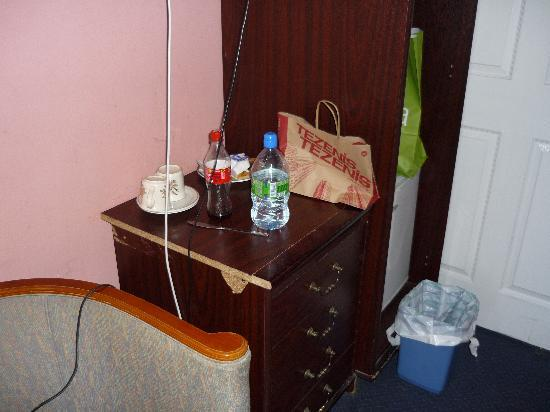The Ventures Hotel: Chambre