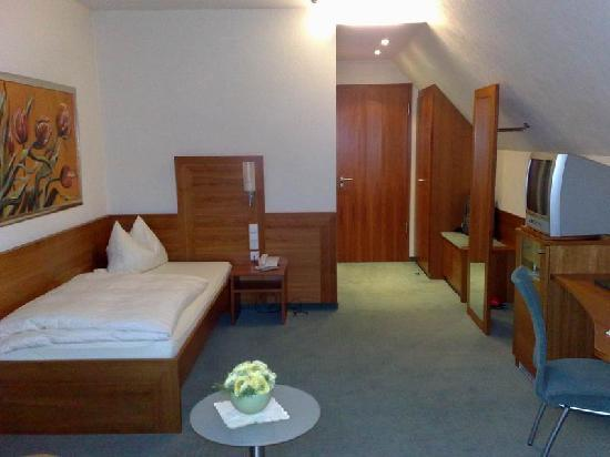 Hotel Adler: CAMERA SINGOLA PARTE NUOVA