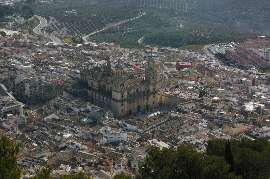 Parador de Jaén: Jaen cathedral from Parador overlook
