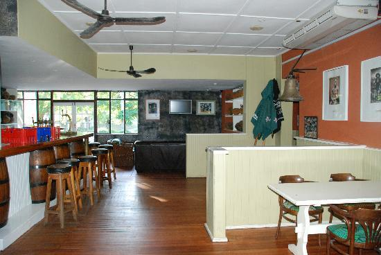 The George Hotel, Eshowe: The bar at the George