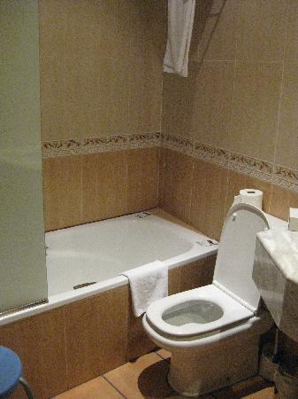 Hotel Rambla: Il bagno