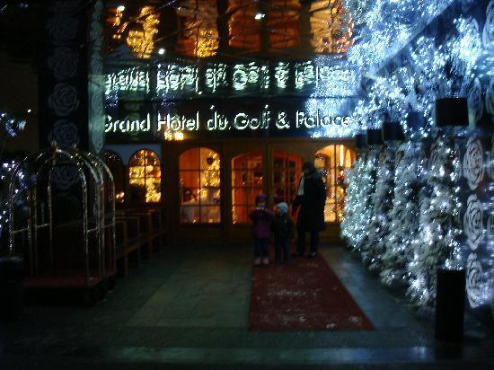 Grand Hotel du Golf & Palace: main entrance
