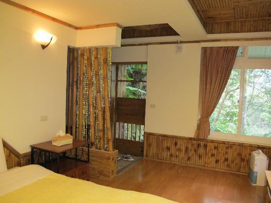 Fuyam Tourist Home: Bamboo room style