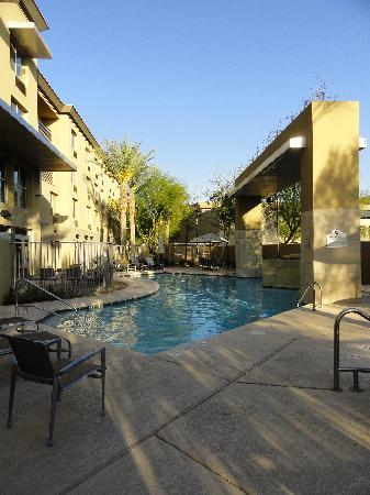 Holiday Inn & Suites Scottsdale North - Airpark: Pool