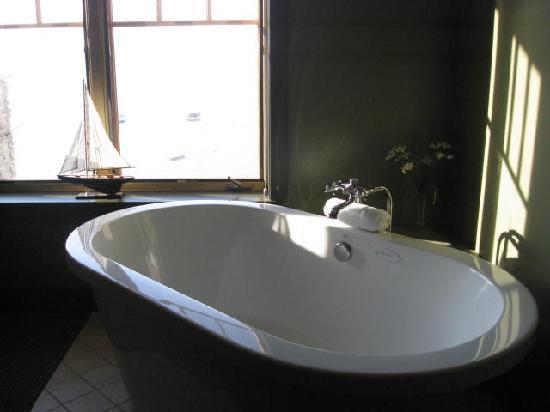 Tamarack Lodge: Wonderful Tub