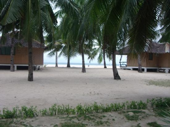 Budyong Beach Resort: view from far back