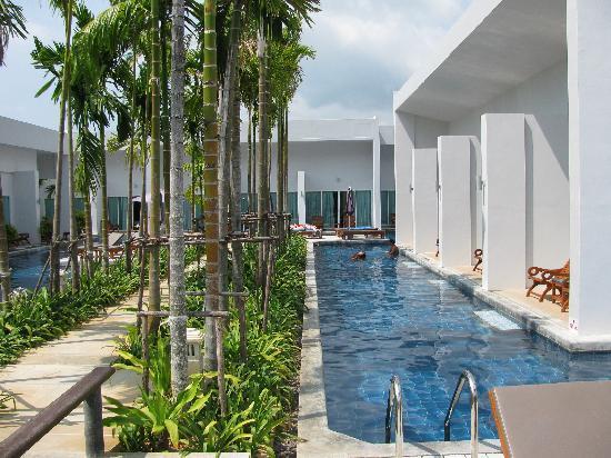 Kata Lucky Villa & Pool Access: Pool Access, oh yes.