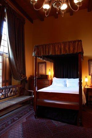 โรงแรมดัชเมเน่อร์แอนทีค: Dutch Manor Antique Hotel Room 3