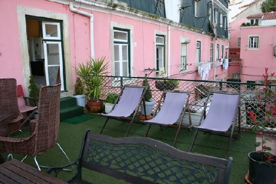 Alfama Patio Hostel : terrace