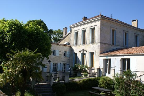 Domaine la Fontaine: Lovely charming house