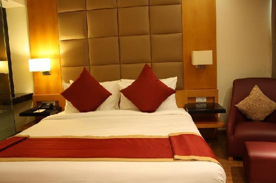 Lemon Tree Hotel Whitefield: King Bed