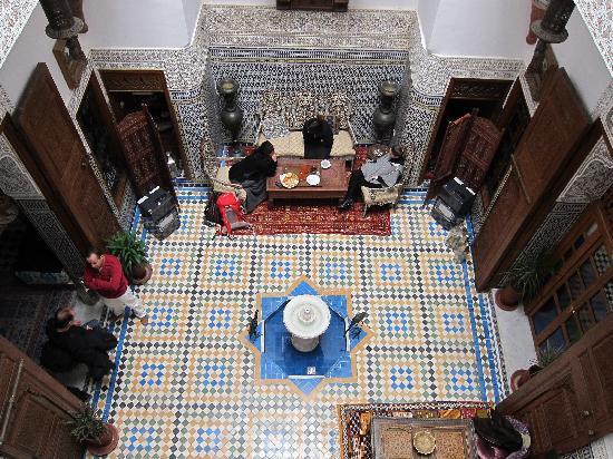 Riad Dar Guennoun: Main room from balcony