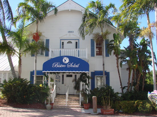 Bistro Soleil at the Olde Marco Inn : Located in Historical Olde Marco Village