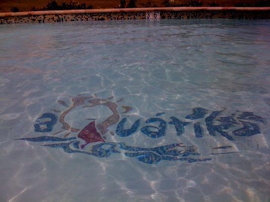 Aquatika Beach Resort : picina