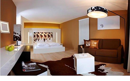 Hotel Monika: edel & weiss