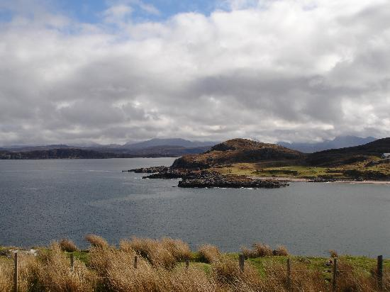 Old Smiddy Guest House: On the Road to Cove, Loch Ewe