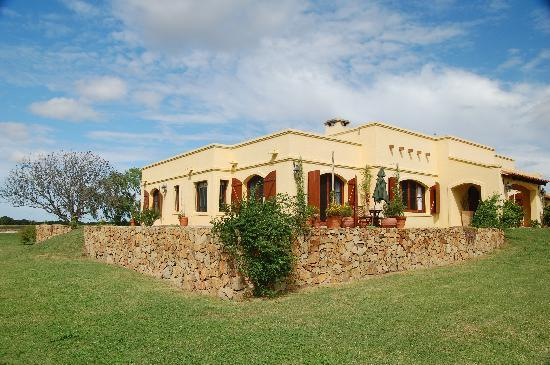 Casa Los Jazmines: Relax at the Garden....