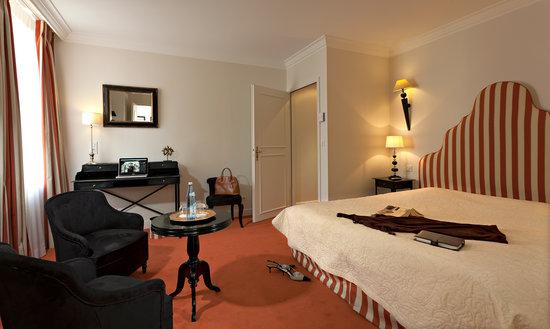 """Hôtel Villa d'Est : Chambre Supérieure """"Faucigny"""""""