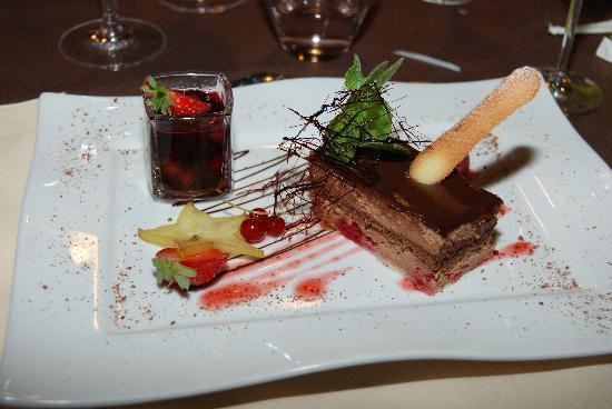 Couleurs Cafe: Un anniversaire sur assiette personnalisée