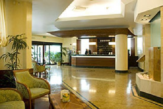 Best Western Hotel Mirage: Hall