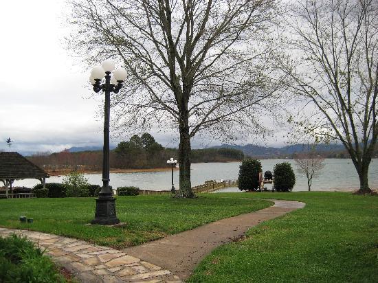 Ridges Resort & Marina: Lake Chatuge