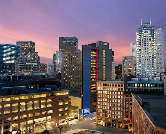 โรงแรมไฮแอทรีเจนซี่ บอสตัน: Centrally located in the heart of downtown Boston.  Walking distance to many historic sites, res