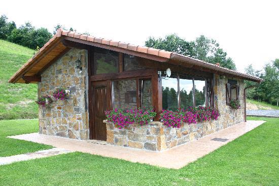 Hotel Lurdeia: Txoko (cocina) en Casa Rural Lurdeia
