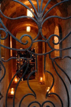 Hotel Palazzo Murat: Wine Cellar