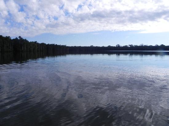 Inkaterra Reserva Amazonica: lake sandoval