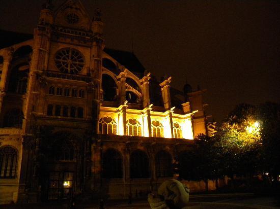 Paroisse Saint-Eustache: Night View Outside
