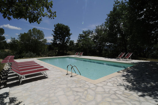 Agriturismo La Corte del Lupo: Ancora la piscina...